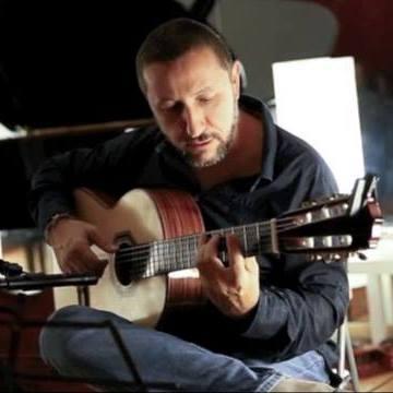 insegnante chitarra moderna