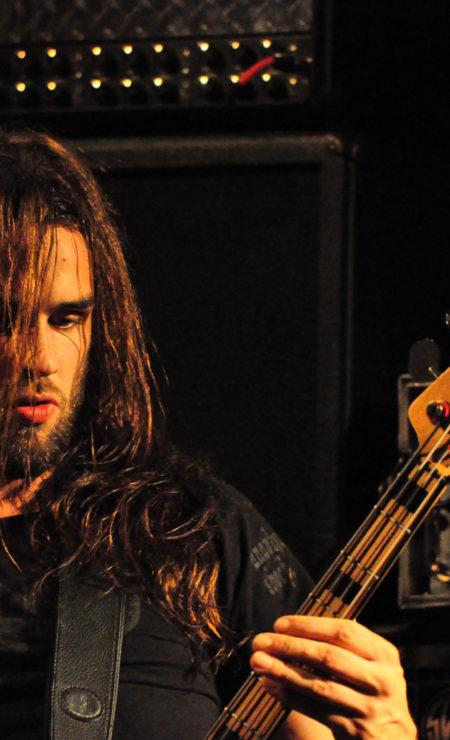 bassista-esperto