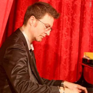 luciano-camelia-pianoforte